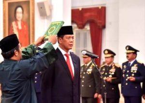 Presiden Joko Widodo Lantik Doni Monardo Jadi Kepala BNPB