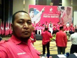 "Petrodes : ""Stop Dualisme Kepemimpinan Di Partai Rakyat…!"""